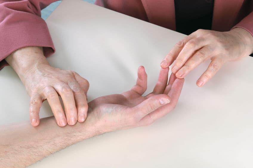 Masaje en manos